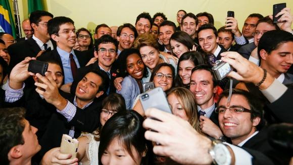 Dilma anuncia segunda etapa do Ciência sem Fronteiras